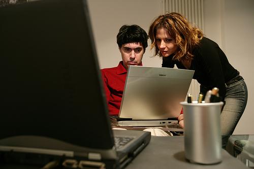 Luca Coscioni e Maria Antonietta al computer