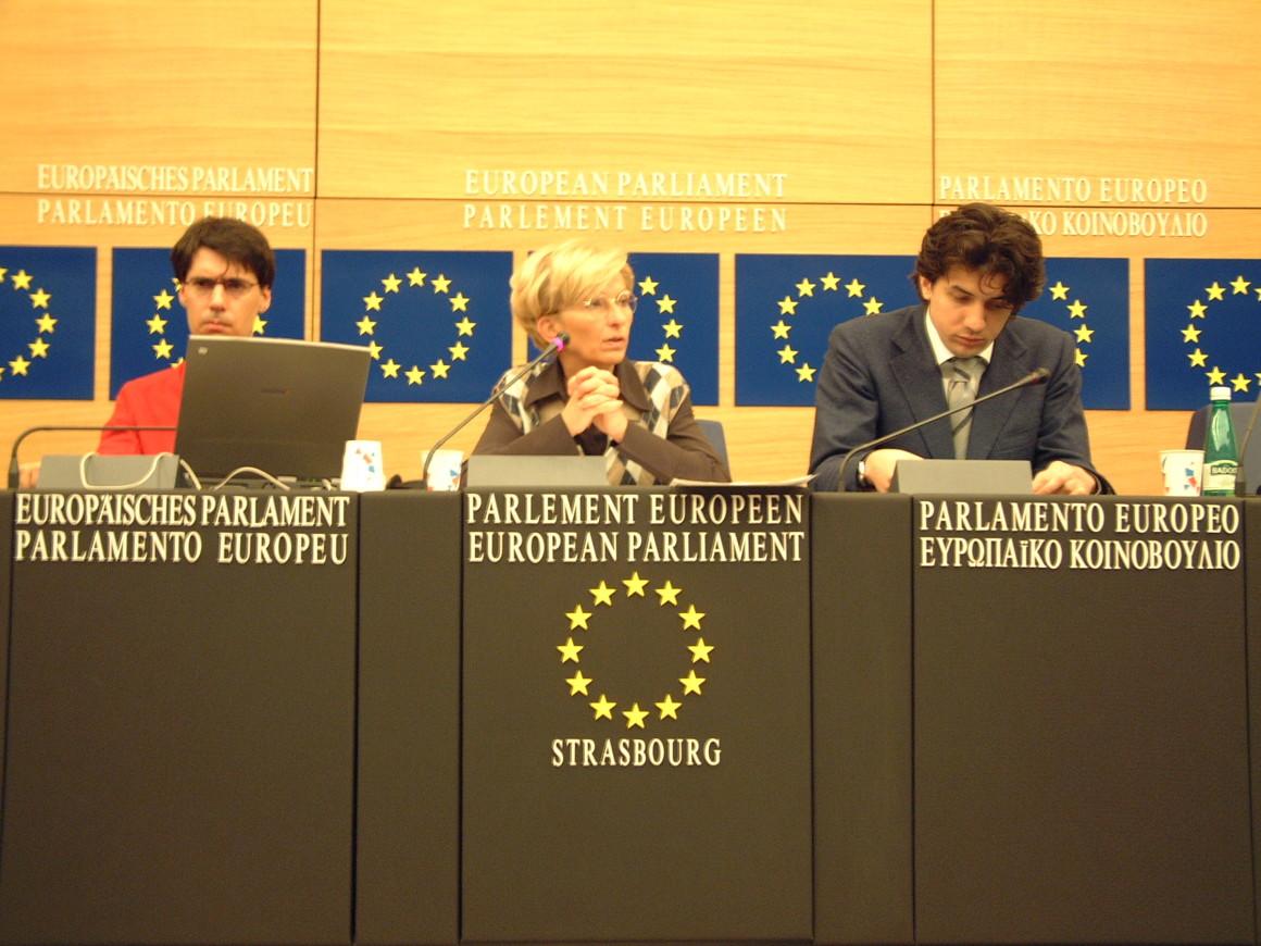 Luca Coscioni insieme a Emma Bonino e Marco Cappato a Bruxelles