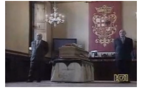 Servizio sui funerali di Luca Coscioni nell'edizione delle 13:30 del Tg1