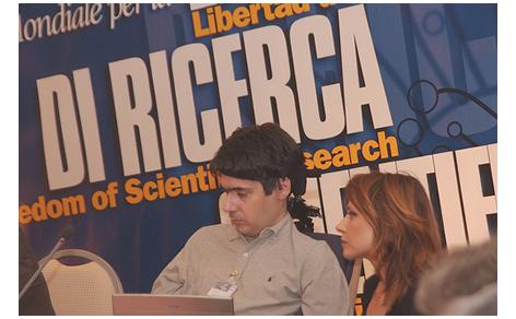 Luca Coscioni al Congresso Mondiale per la libertà di ricerca scientifica